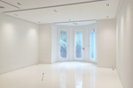 Hi spec seamless white gloss resin floor