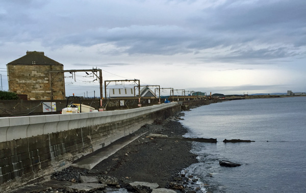 Sea wall flood defence extension / expansion
