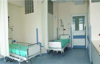 Resutile Wall - hygienic resin wall paint application in hospital ward