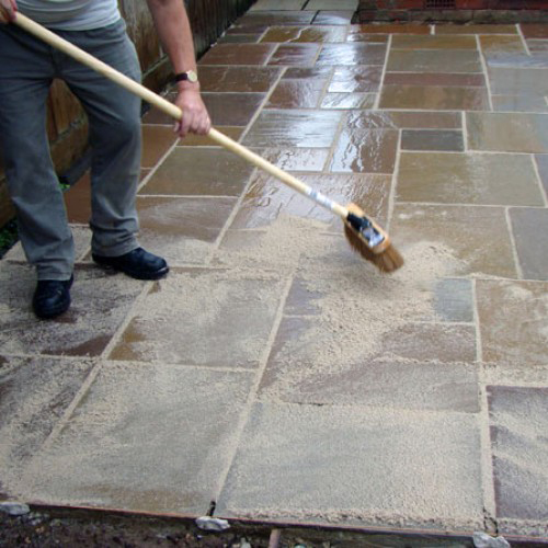 arcon easyjoint all weather brush-in resin paving jointing